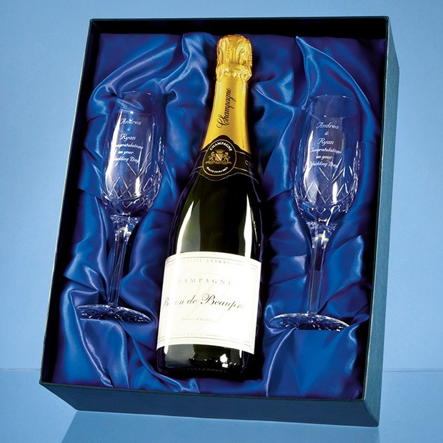 Blenheim Double Champagne Flute Gift Set with a 75cl Bottle of Brut House Champagne
