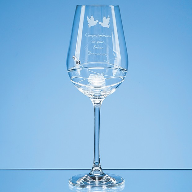Single Diamante Wine Glass with Modena Spiral Cutting