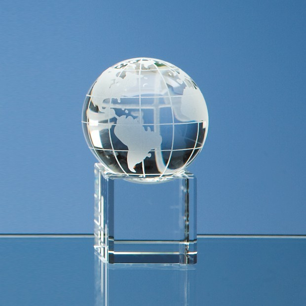 5cm Optical Crystal Globe on Clear Base
