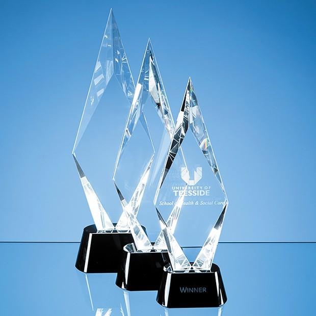 28.5cm Optical Crystal Facet Mounted Peak Award